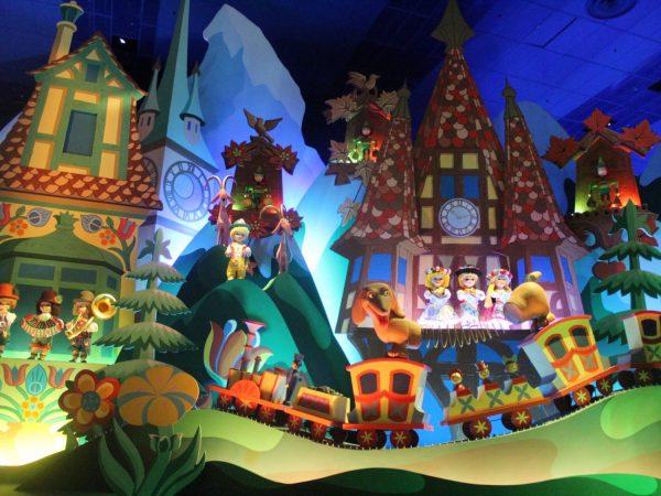 Disneyland-Paris-Its-a-Small-World-1500x1127